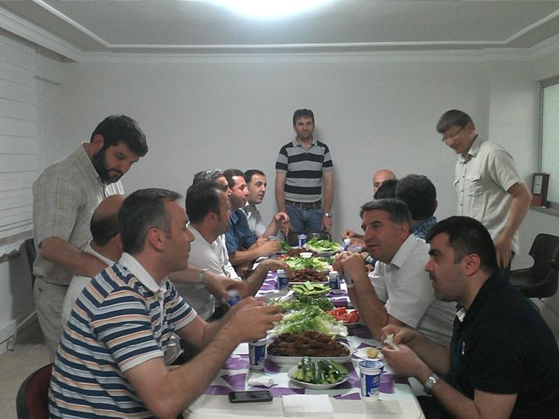 Ünçek 2 Temmuz 2012 Çiğ Köfte Partisi