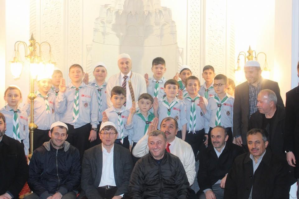 Ünçek Mevlid Kandili'ni Garaj Camii'nde Kutladı