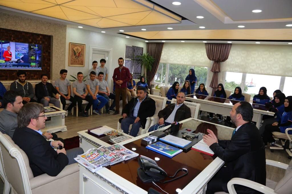 Bilek Güreşi Takımımız Ünye Belediye Başkanı Ahmet Çamyar'ı Ziyaret Etti
